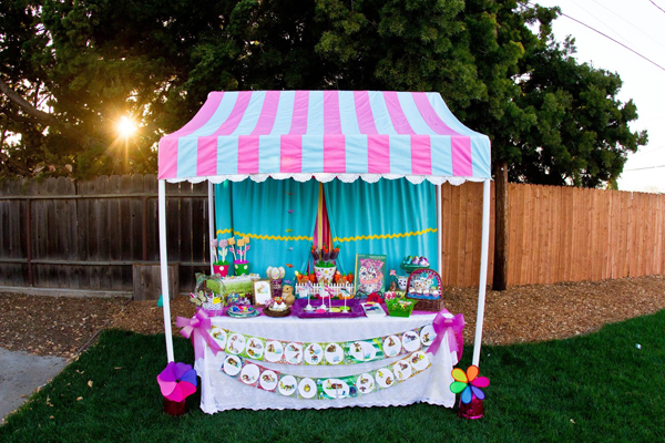 How to Make a PVC Canopy all decorated for Easter