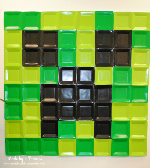 Ultimate Minecraft Birthday Party backdrop made out of square plates #minecraft #minecraftparty #minecraftbirthday #bestboyparty