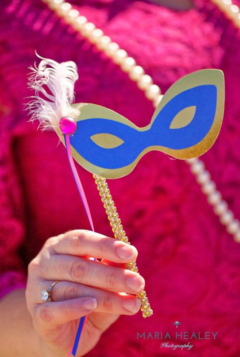 Marie+Antoinette-holding-mask.jpg