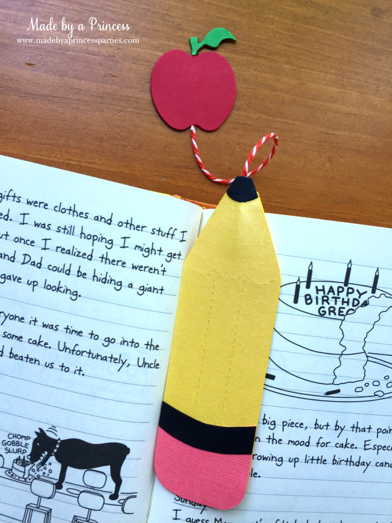 Make Your Own Back to School Bookmarks