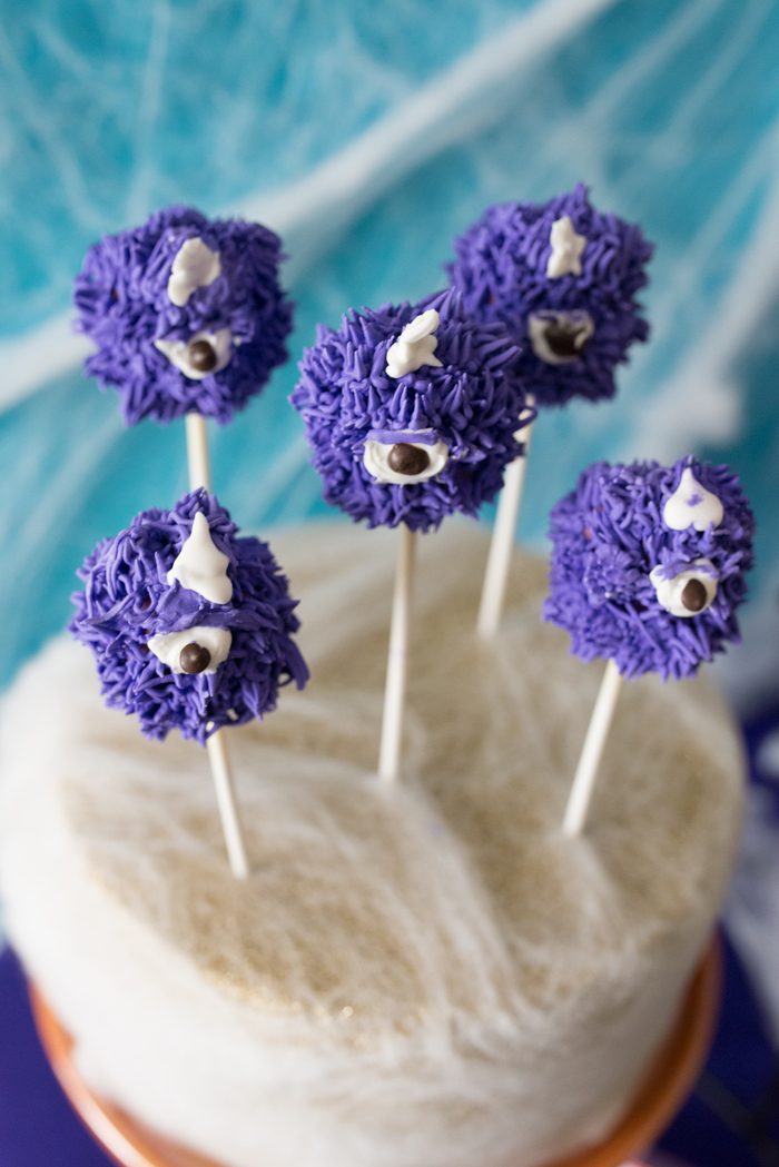 Monster Mash Party Ideas cake pops