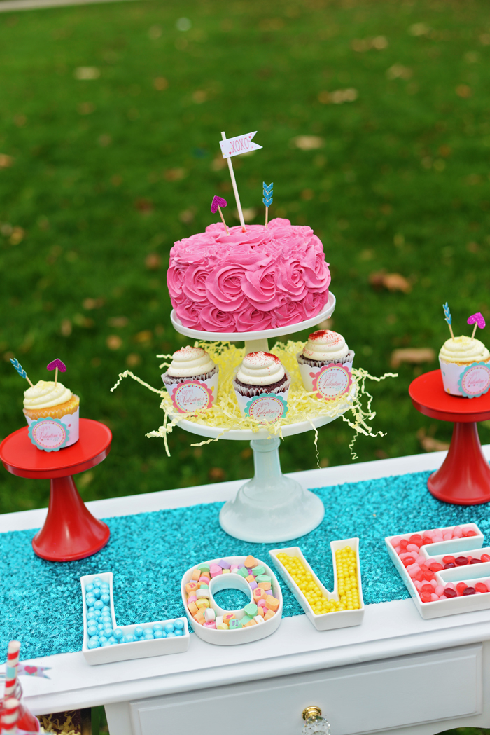 Creative Kids Valentine Party Ideas cake