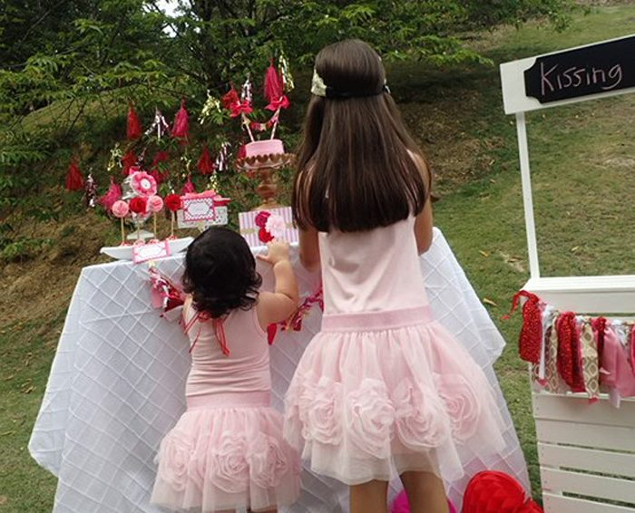 Sweet Party for Sweet Girls besties