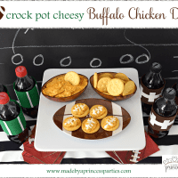 CrockPot Cheesy Buffalo Chicken Dip Recipe