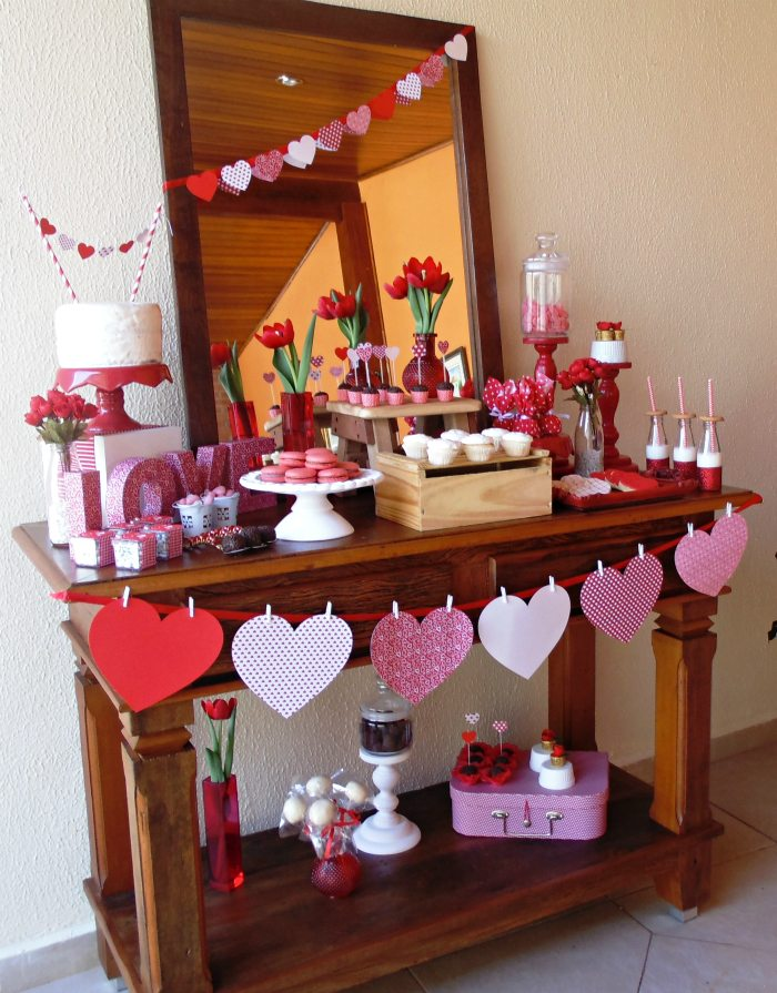 sweet on you valentine party table