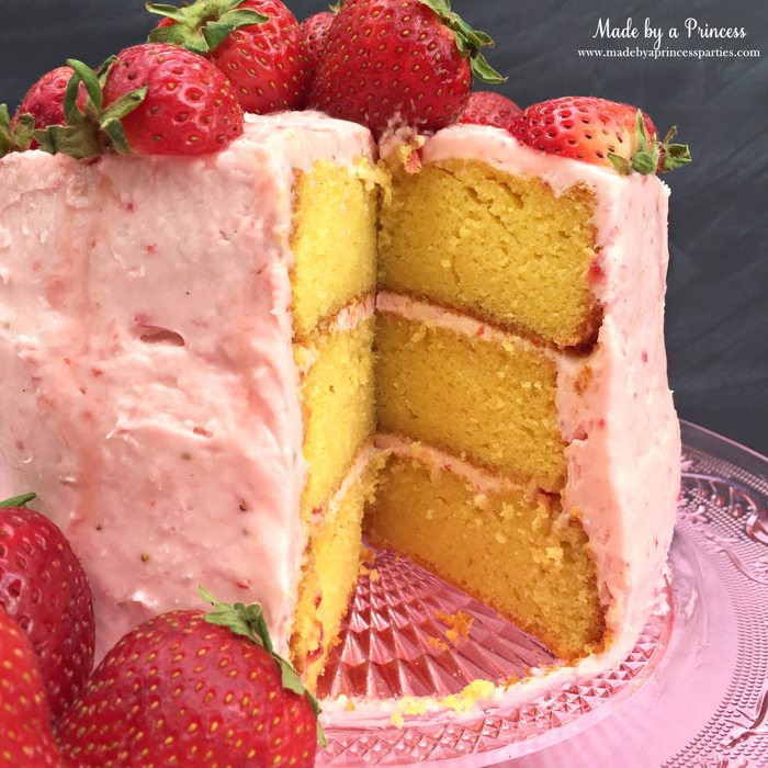 strawberry lemonade cake cream cheese frosting