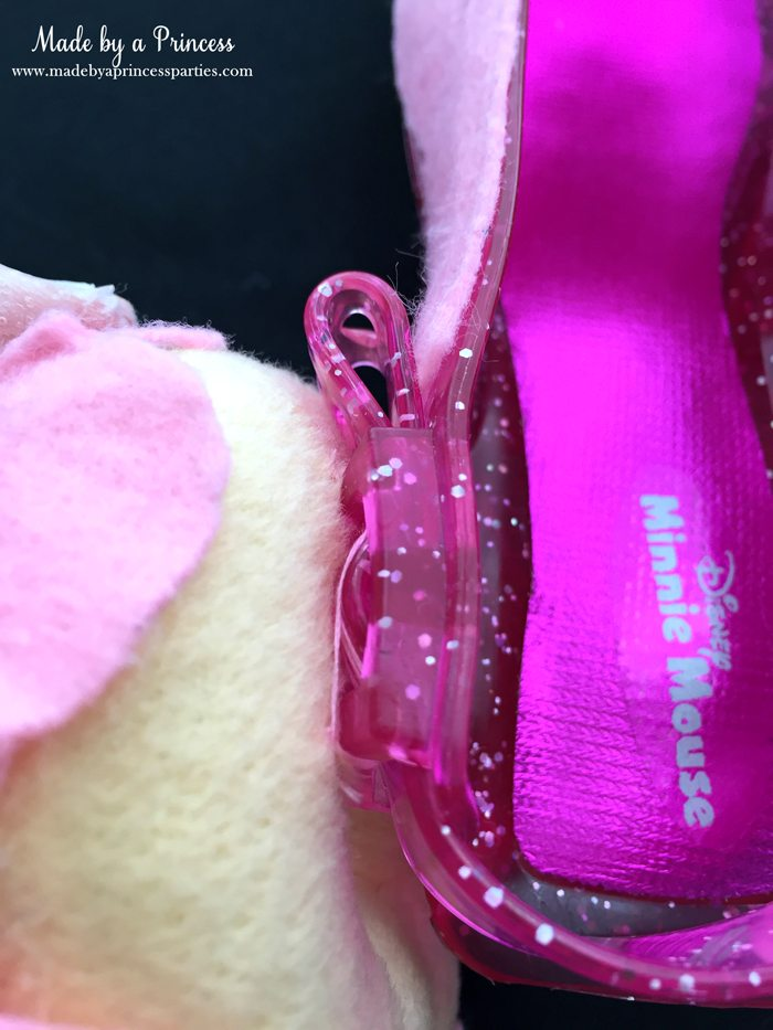 diy-shopkins-shoppie-halloween-costume-attach-felt-donut-to-shoes-with-thread-through-buckle-loop