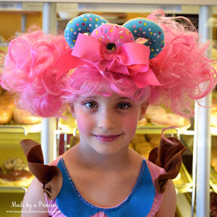 diy-shopkins-shoppie-halloween-costume-donatina-with-vibrant-pink-hair-donut-headband