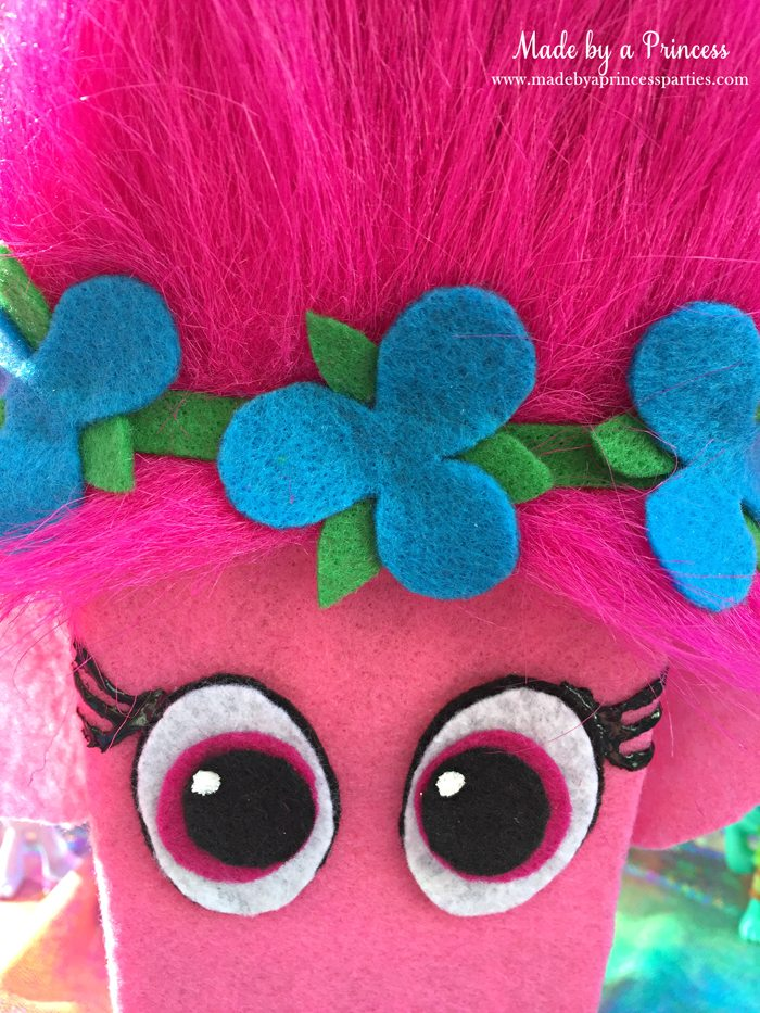 trolls-movie-princess-poppy-popcorn-box-party-2016