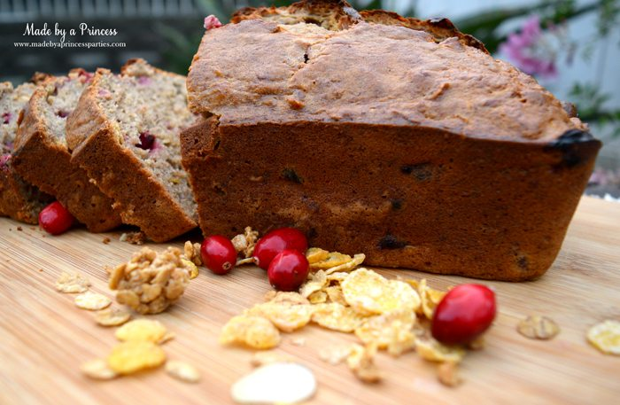 holiday-cranberry-honey-almond-banana-bread-with-fresh-cranberries-and-honey-bunches-of-oats-cereal