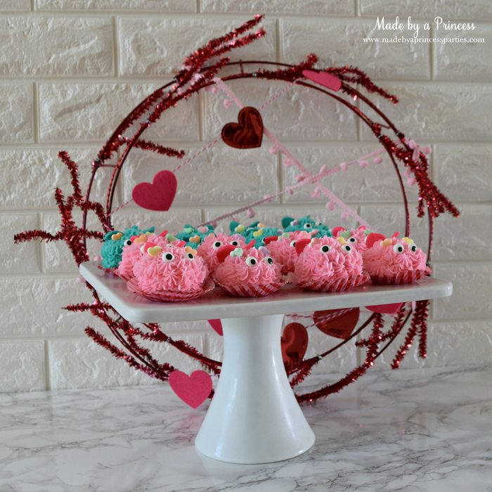 mini-lovebug-cupcakes-tutorial-platter-of-lovebugs-with-wreath