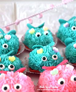 Mini Lovebug Cupcakes Tutorial Teal and Pink Frosting