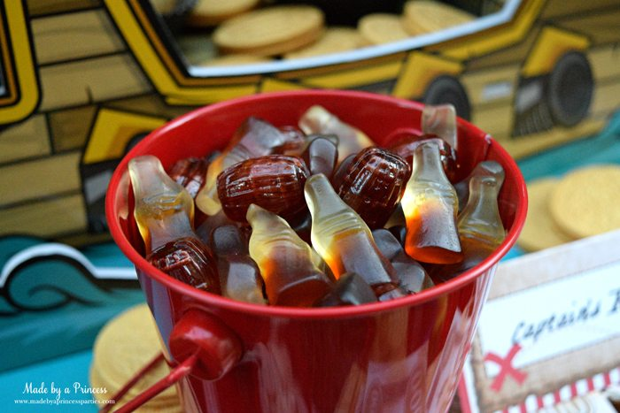 pirate party food free printables rum barrels and gummies