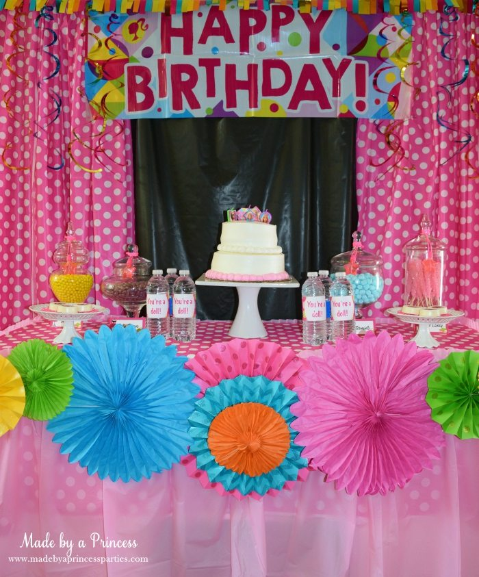 Fashionista Barbie Party Ideas Candy Buffet - Made by a Princess #barbie #barbieparty