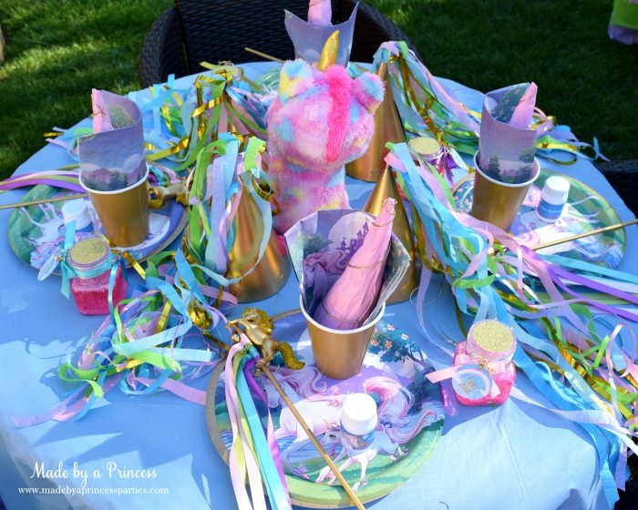 Unicorn Party Ideas Kid Table Decorations with Stuffed Unicorn - Made by a Princess #unicorn #unicornparty