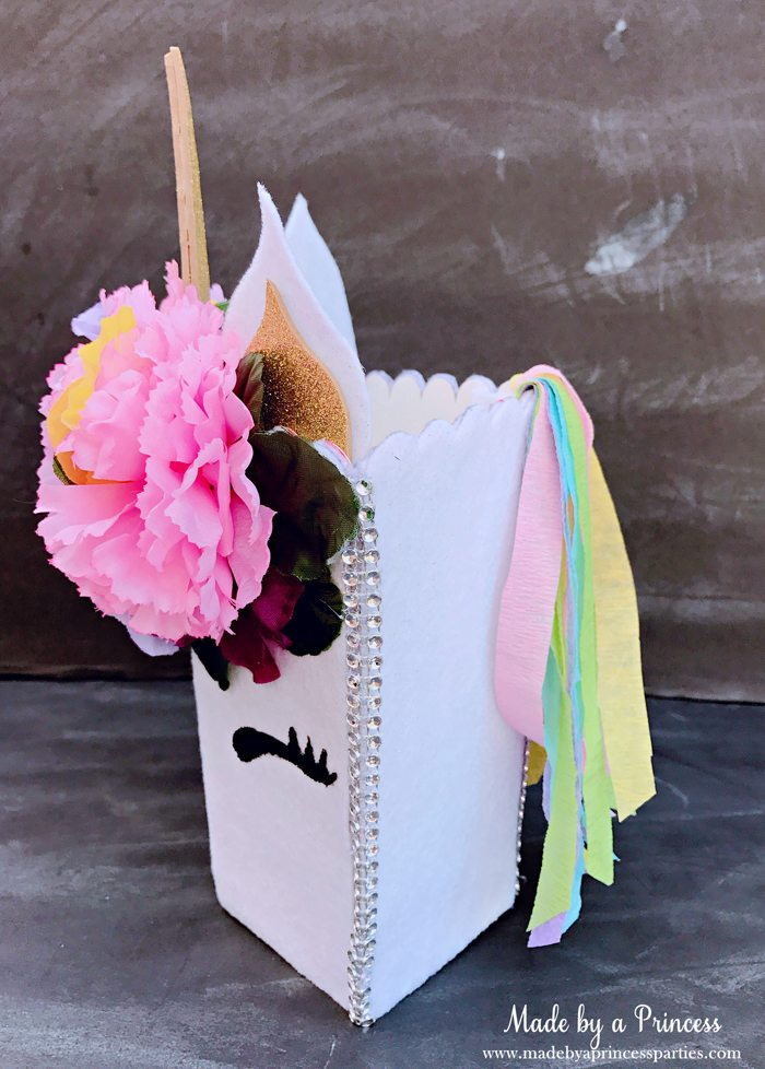 Unicorn Popcorn Box Tutorial add crepe streamers to make a mane @madebyaprincess #popcornboxparty2017