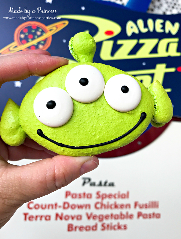 Disneylands Best Pixar Fest Food Checklist Toy Story Alien Macaron #disneylandfood #disneyfood #toystory #pixarfest #madebyaprincess