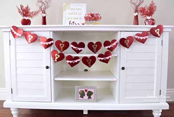 DIY Valentine's Day Countdown Banner with Sizzix decorations