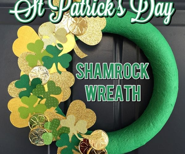 DIY Easy St Patricks Day Shamrock Wreath