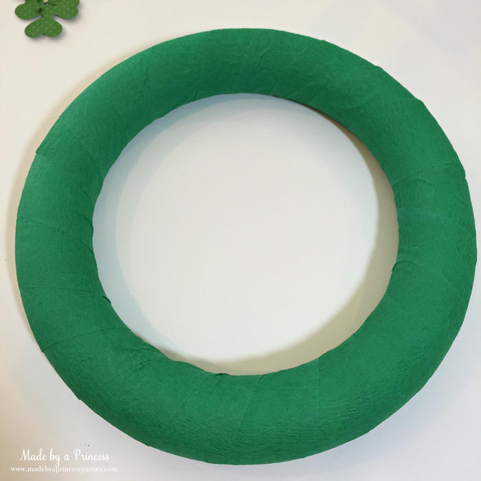 DIY Easy St Patricks Day Shamrock Wreath cover foam ring with crepe paper